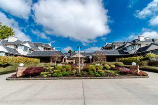 "Photo 1: 102 13965 16 Avenue in Surrey: Sunnyside Park Surrey Condo for sale in ""WHITE ROCK VILLAGE"" (South Surrey White Rock)  : MLS®# R2409491"