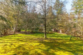 Photo 5: 2675 Cameron-Taggart Rd in MILL BAY: ML Mill Bay House for sale (Malahat & Area)  : MLS®# 836995