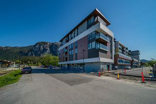 """Photo 18: 423 37881 CLEVELAND Avenue in Squamish: Downtown SQ Condo for sale in """"THE MAIN"""" : MLS®# R2451024"""