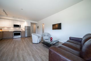 """Photo 4: 423 37881 CLEVELAND Avenue in Squamish: Downtown SQ Condo for sale in """"THE MAIN"""" : MLS®# R2451024"""