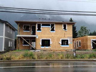 "Photo 2: 65517 SKYLARK Lane in Hope: Hope Kawkawa Lake House for sale in ""Wildflowers at Skylark Lane"" : MLS®# R2502102"