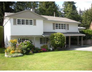 """Photo 1: 3053 BROOKRIDGE Drive in North_Vancouver: Capilano Highlands House for sale in """"CAPILANO HIGHLANDS"""" (North Vancouver)  : MLS®# V786279"""