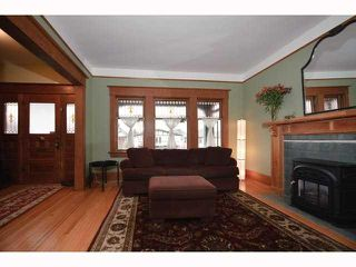 Photo 3: 1562 E 13TH Avenue in Vancouver: Grandview VE House for sale (Vancouver East)  : MLS®# V817347