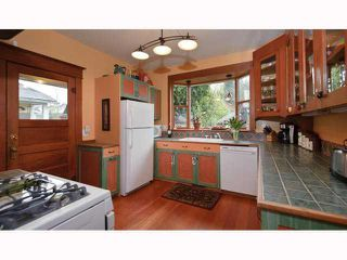 Photo 5: 1562 E 13TH Avenue in Vancouver: Grandview VE House for sale (Vancouver East)  : MLS®# V817347