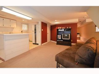 Photo 9: 1562 E 13TH Avenue in Vancouver: Grandview VE House for sale (Vancouver East)  : MLS®# V817347