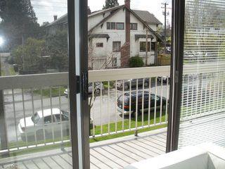 "Photo 5: 311 2080 MAPLE Street in Vancouver: Kitsilano Condo for sale in ""MAPLE MANOR"" (Vancouver West)  : MLS®# V818681"