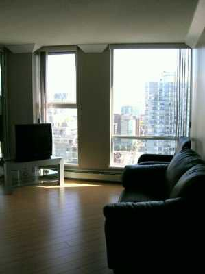 "Photo 3: 3209 1009 EXPO BV in Vancouver: Downtown VW Condo for sale in ""LANDMARK 33"" (Vancouver West)  : MLS®# V591247"
