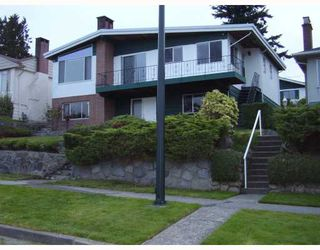 Photo 1: 553 GARFIELD Street in New_Westminster: The Heights NW House for sale (New Westminster)  : MLS®# V733808