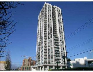 Main Photo: 2402 2979 GLEN Drive in Coquitlam: North Coquitlam Condo for sale : MLS®# V757165