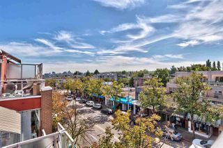 """Photo 16: 417 2255 W 4TH Street in Vancouver: Kitsilano Condo for sale in """"CAPERS BUILDING"""" (Vancouver West)  : MLS®# R2398552"""