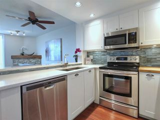 """Photo 3: 417 2255 W 4TH Street in Vancouver: Kitsilano Condo for sale in """"CAPERS BUILDING"""" (Vancouver West)  : MLS®# R2398552"""