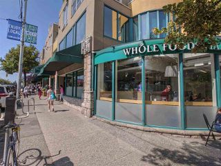 """Photo 18: 417 2255 W 4TH Street in Vancouver: Kitsilano Condo for sale in """"CAPERS BUILDING"""" (Vancouver West)  : MLS®# R2398552"""