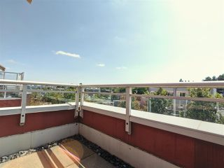 """Photo 15: 417 2255 W 4TH Street in Vancouver: Kitsilano Condo for sale in """"CAPERS BUILDING"""" (Vancouver West)  : MLS®# R2398552"""