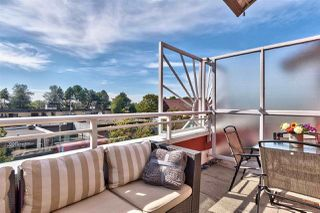 """Photo 14: 417 2255 W 4TH Street in Vancouver: Kitsilano Condo for sale in """"CAPERS BUILDING"""" (Vancouver West)  : MLS®# R2398552"""