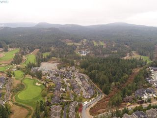 Photo 34: 2120 Nicklaus Drive in VICTORIA: La Bear Mountain Single Family Detached for sale (Langford)  : MLS®# 415789