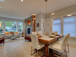 Photo 8: 2120 Nicklaus Drive in VICTORIA: La Bear Mountain Single Family Detached for sale (Langford)  : MLS®# 415789