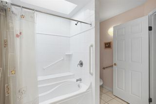 """Photo 14: 310 8560 GENERAL CURRIE Road in Richmond: Brighouse South Condo for sale in """"QUEENSGATE"""" : MLS®# R2417028"""