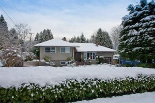 Photo 10: 3055 DAYBREAK AVENUE in Coquitlam: Home for sale