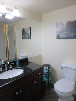 """Photo 10: 604 45765 SPADINA Avenue in Chilliwack: Chilliwack W Young-Well Condo for sale in """"The Spadina Regency"""" : MLS®# R2426939"""