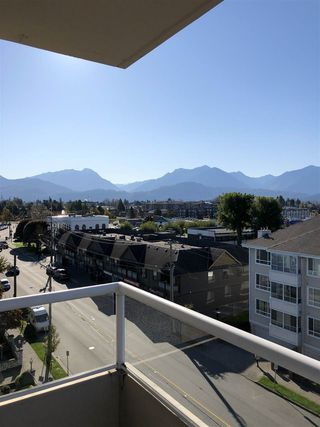 """Photo 14: 604 45765 SPADINA Avenue in Chilliwack: Chilliwack W Young-Well Condo for sale in """"The Spadina Regency"""" : MLS®# R2426939"""