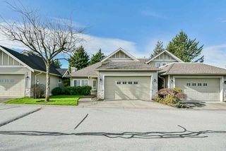 Photo 2: 20 16920 80 Avenue in Surrey: Fleetwood Tynehead Townhouse for sale : MLS®# R2434599