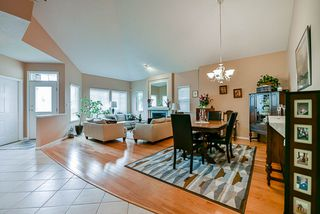 Photo 6: 20 16920 80 Avenue in Surrey: Fleetwood Tynehead Townhouse for sale : MLS®# R2434599