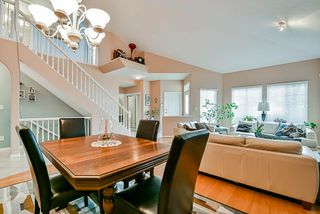 Photo 8: 20 16920 80 Avenue in Surrey: Fleetwood Tynehead Townhouse for sale : MLS®# R2434599