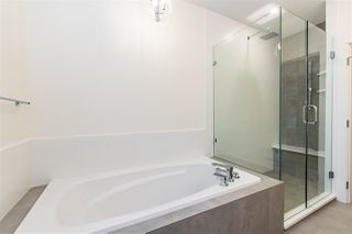 "Photo 21: 3801 LATIMER Street in Abbotsford: Abbotsford East House for sale in ""CREEKSTONE ON THE PARK"" : MLS®# R2437588"