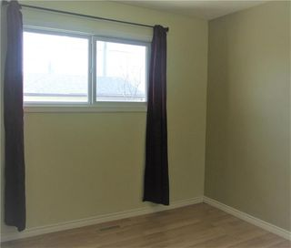 Photo 12: 94 Gainsborough Cove in Winnipeg: Tyndall Park Residential for sale (4J)  : MLS®# 202010796