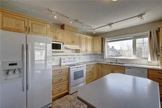 Photo 13: 641 ADVENT Bay in Rural Rocky View County: Rural Rocky View MD Semi Detached for sale : MLS®# C4301047