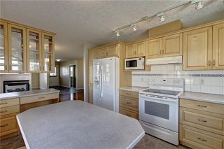 Photo 14: 641 ADVENT Bay in Rural Rocky View County: Rural Rocky View MD Semi Detached for sale : MLS®# C4301047