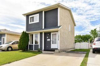 Photo 2: 10868 21 Avenue in Edmonton: Zone 16 House for sale : MLS®# E4201984