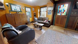 Photo 7: 224 Hart Rd in View Royal: VR Six Mile House for sale : MLS®# 833344