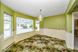 "Photo 10: 129 8737 212 Street in Langley: Walnut Grove Townhouse for sale in ""Chartwell Green"" : MLS®# R2490439"