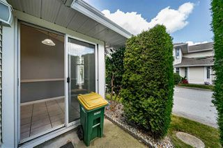 "Photo 13: 129 8737 212 Street in Langley: Walnut Grove Townhouse for sale in ""Chartwell Green"" : MLS®# R2490439"
