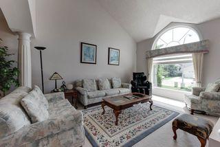 Photo 3: 1052 JAMES Crescent in Edmonton: Zone 29 House for sale : MLS®# E4212761