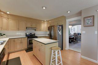 Photo 7: 1052 JAMES Crescent in Edmonton: Zone 29 House for sale : MLS®# E4212761
