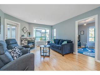 "Photo 12: 201 1569 EVERALL Street: White Rock Condo for sale in ""SEAWYND MANOR"" (South Surrey White Rock)  : MLS®# R2514906"
