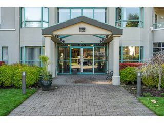 "Photo 3: 201 1569 EVERALL Street: White Rock Condo for sale in ""SEAWYND MANOR"" (South Surrey White Rock)  : MLS®# R2514906"