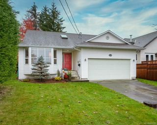 Photo 16: 2118 Fairbairn Ave in : CV Comox (Town of) House for sale (Comox Valley)  : MLS®# 860633