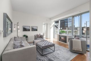 Photo 1: 1401 667 HOWE STREET in Vancouver: Downtown VW Condo for sale (Vancouver West)  : MLS®# R2510203