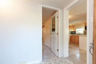 Photo 3: 91 2911 Sooke Lake Rd in : La Langford Proper Manufactured Home for sale (Langford)  : MLS®# 861626