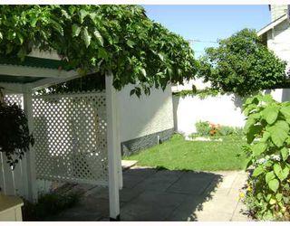 Photo 5: 736 BOYD Avenue in WINNIPEG: North End Residential for sale (North West Winnipeg)  : MLS®# 2814561