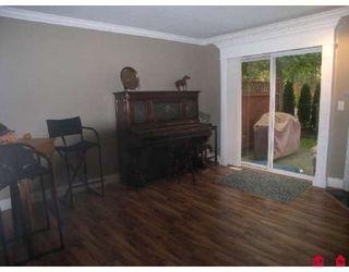 """Photo 9: 38 16155 82ND Avenue in Surrey: Fleetwood Tynehead Townhouse for sale in """"FLEETWOOD OAKS"""" : MLS®# F2830959"""