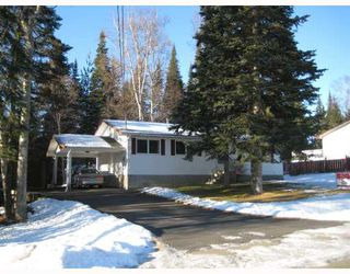 """Photo 1: 2973 NIXON Crescent in Prince_George: Hart Highlands House for sale in """"HART HIGHLANDS"""" (PG City North (Zone 73))  : MLS®# N188883"""