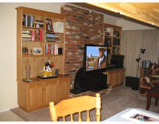 """Photo 6: 2973 NIXON Crescent in Prince_George: Hart Highlands House for sale in """"HART HIGHLANDS"""" (PG City North (Zone 73))  : MLS®# N188883"""