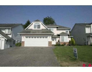 Photo 1: 6310 SELKIRK Street in Sardis: Sardis West Vedder Rd House for sale : MLS®# H2902176
