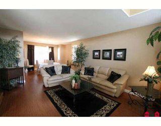 Photo 2: 6310 SELKIRK Street in Sardis: Sardis West Vedder Rd House for sale : MLS®# H2902176