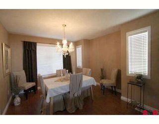 Photo 3: 6310 SELKIRK Street in Sardis: Sardis West Vedder Rd House for sale : MLS®# H2902176