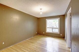 Photo 17: 11137 SACRAMENTO Drive SW in Calgary: Southwood Semi Detached for sale : MLS®# C4270642